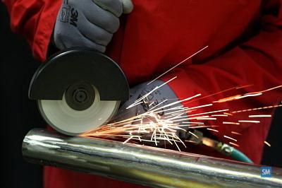 Резка металла с помощью абразивных материалов, фото